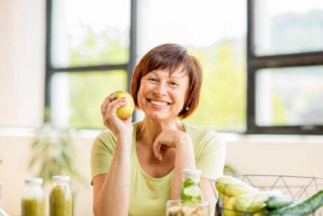 Stava-1-portrait-beautiful-older-woman-green-healthy-634416869-461x308